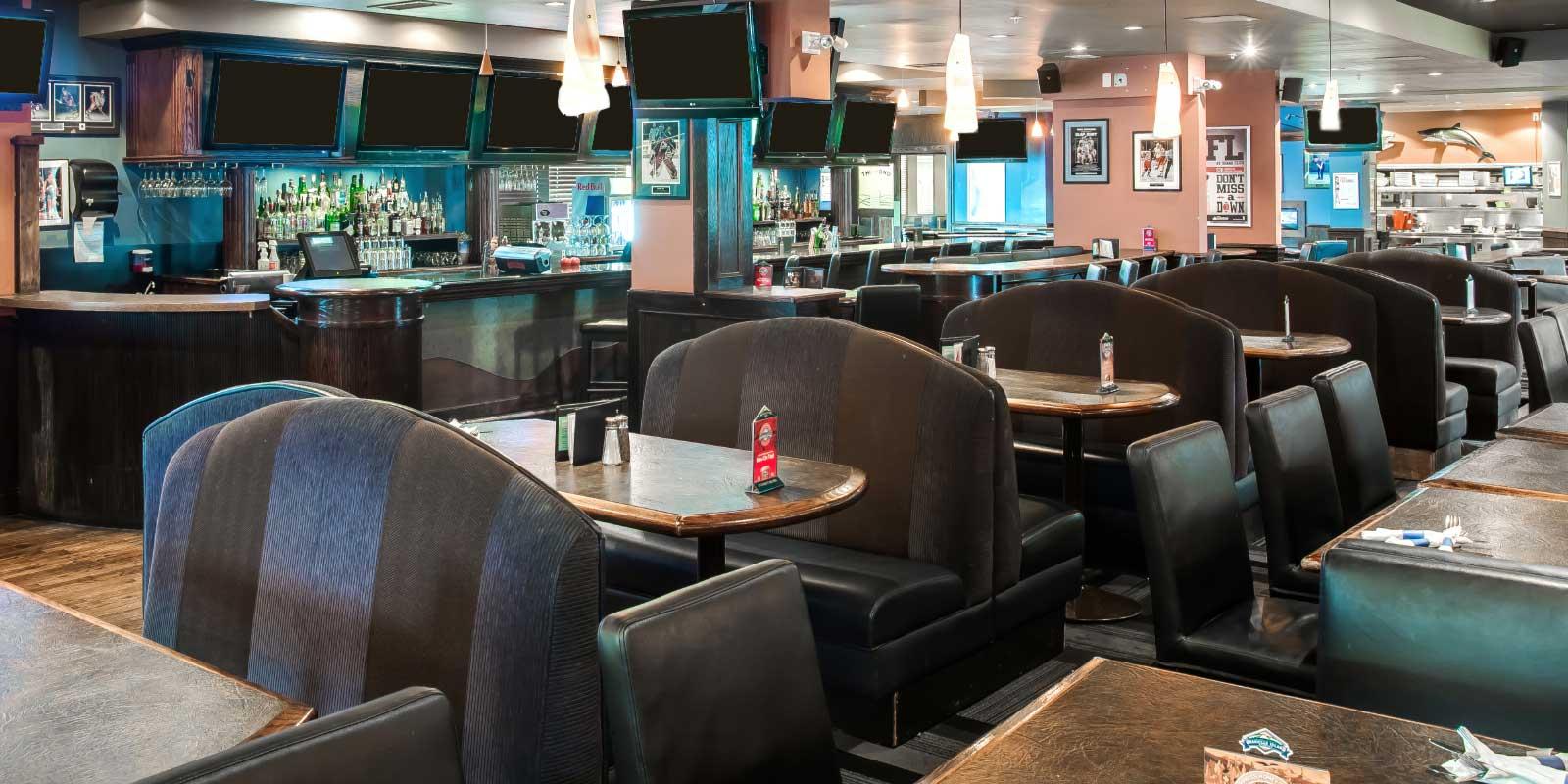 Shark Club Sports Bar & Grill - Victoria Gallery 1